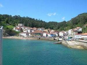 Rompeolas Asturias
