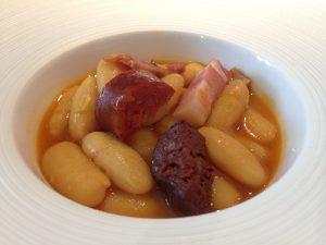 Fabada asturiana para quien no quisiese degustar los riñones.
