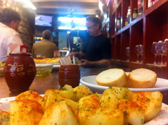 Patatas del bar Ciaboga en San Sebastián