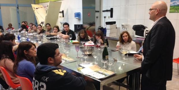 Sidra, clases y almuerzo en Casa Lobato