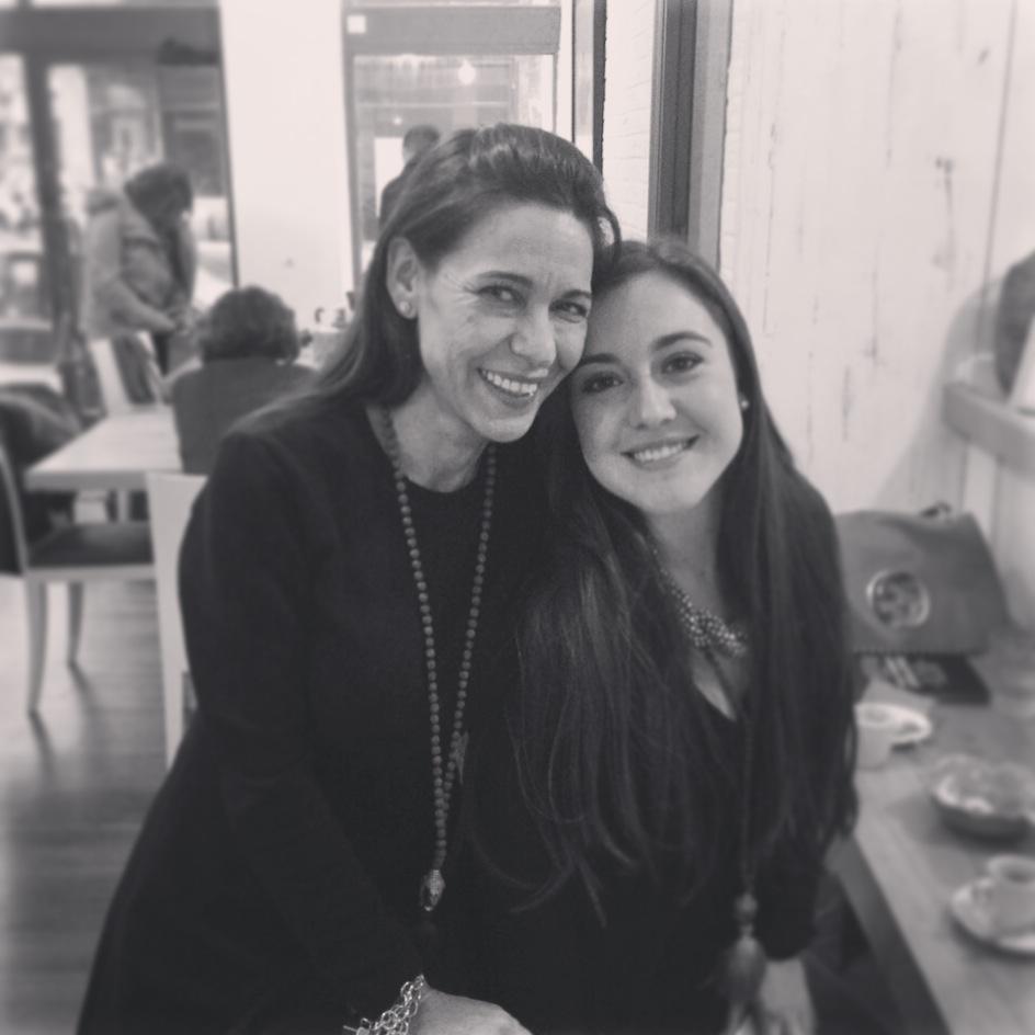 Carmen Ordiz con Iratxe Miranda