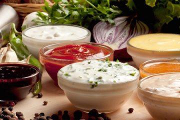 5 ideas de aliños y salsas ligeras + 5 ideas para ensaladas