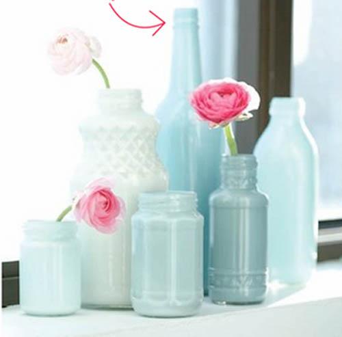 diy-botellas-y-pintura-con-jarras-de-cristal-botes-de-conserva