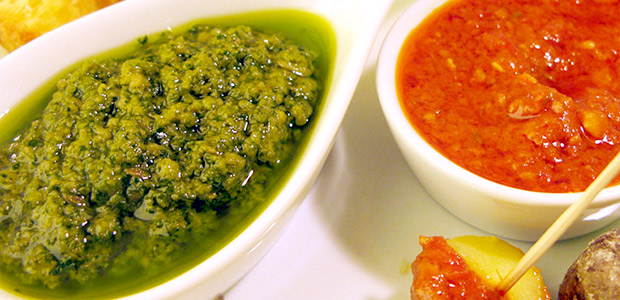 La rica salsa canaria se llama… Mojo Picón