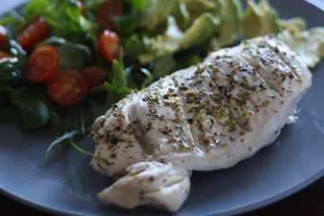 Recetas fitness express: Pechuga de pollo a las hierbas aromáticas en 5 minutos.