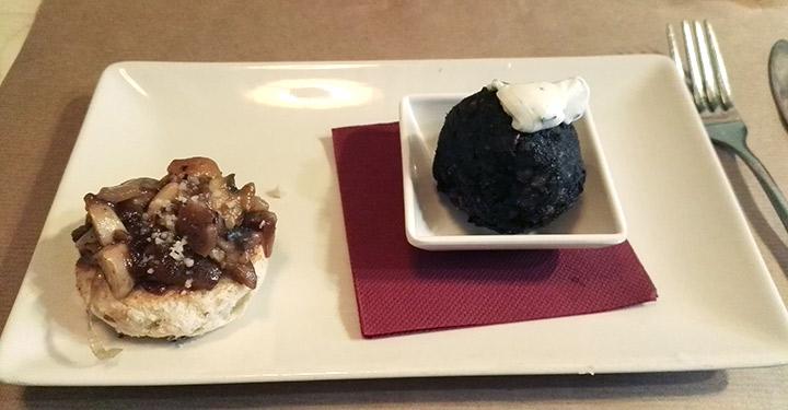 Croqueta de arroz negro con alga