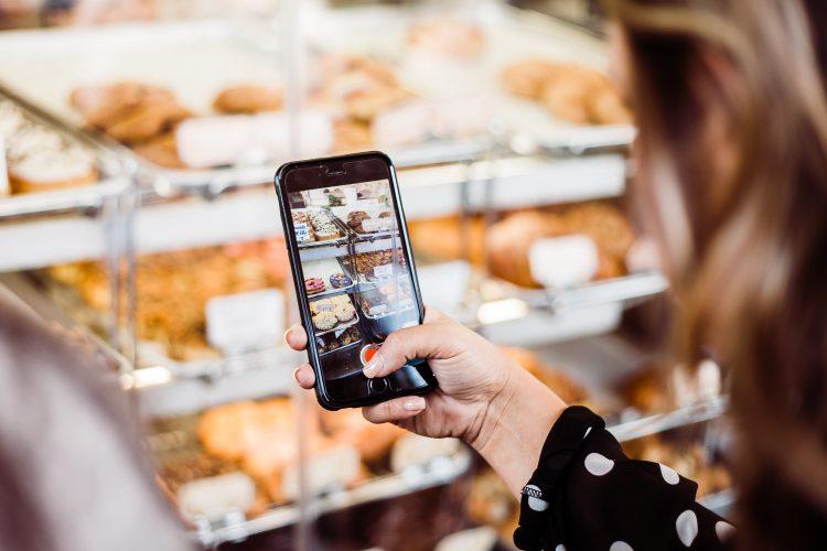 ¿Cómo leer las etiquetas de los alimentos? ¿Qué ingredientes o alimentos debemos evitar? Pasos para entender lo que nos quieren decir los envases.