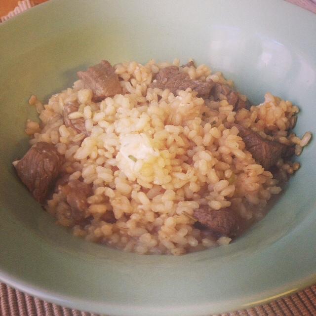 Arroz integral con carne. Receta deliciosa y muy sana.