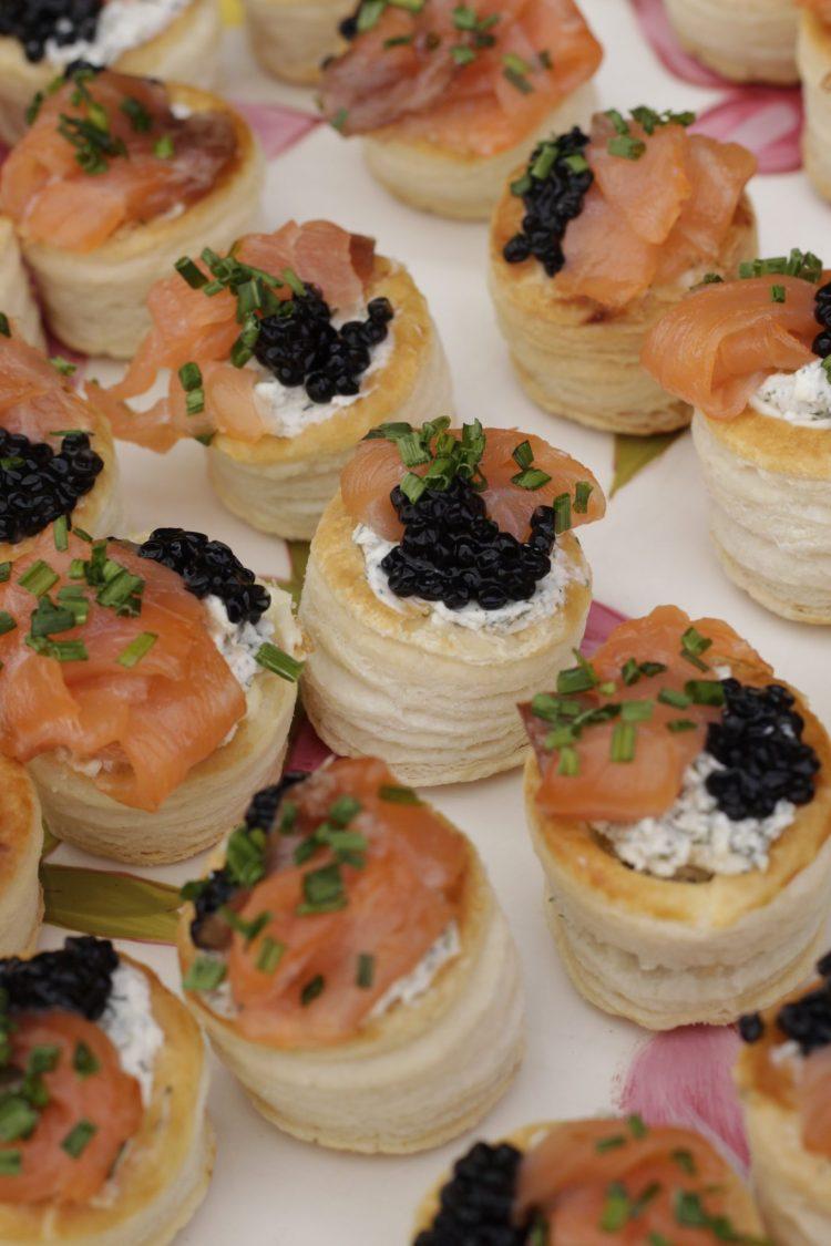 Vol-au-vent de queso crema y salmón ahumado